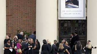 Trauergäste nehmen Abschied von der Bürgerrechtlerin Maya Angelou