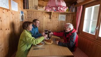 Essen darf man Selbstgekochtes in SAC-Hütten drinnen – kochen muss man vielleicht aber draussen.Balzarini/Keystone