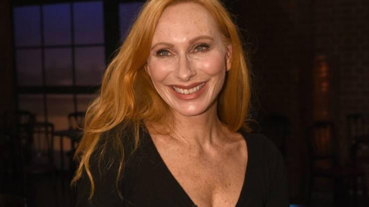 Die Schauspielerin Andrea Sawatzki hat ihren ersten Roman mit Füller geschrieben. Mit dem Computer hat sie grösste Mühe - trotz Crash-Kursen. (Archiv)