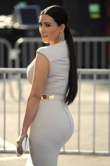 Kim Kardashian hat ihren Hintern zum Markenzeichen gemacht. (AP Photos/Chris Pizzello/KEYSTONE)