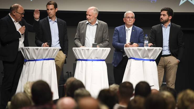 Mit Moderator und Chefredaktor der Aargauer Zeitung Rolf Cavalli.