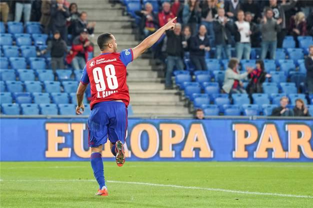 Arthur Cabral trifft in der 9. Minute zum 1:0. Sein erster Treffer für den FCB ist auch der hundertste dieser Super-League-Saison.