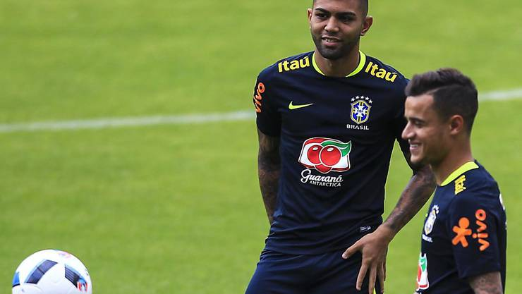 Gabriel Barbosa (links) verstärkt Inter Mailand