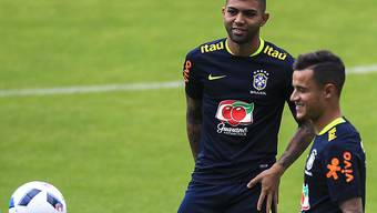 Gabriel Barbosa (links) verstärkt Inter Mailand