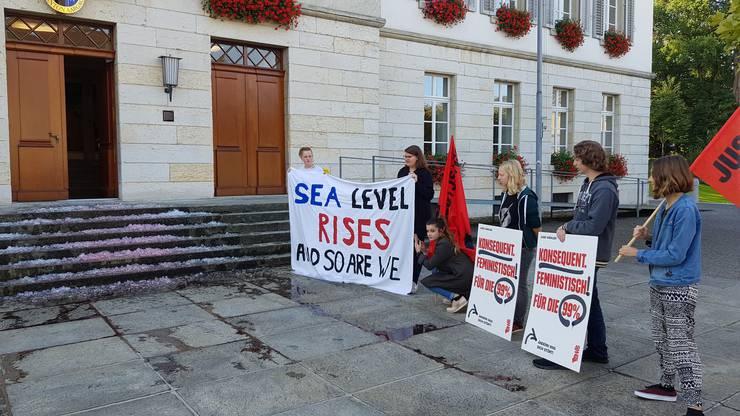 Sie wollen die Grossräte an ihre Verantwortung in der heutigen Klimadebatte erinnern.