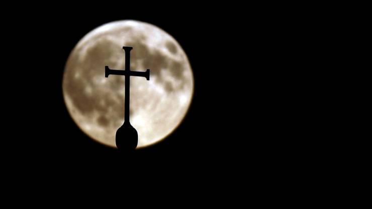 In Argentinien wurden zwei katholische Priester wegen Missbrauchs verurteilt. (Symbolbild)