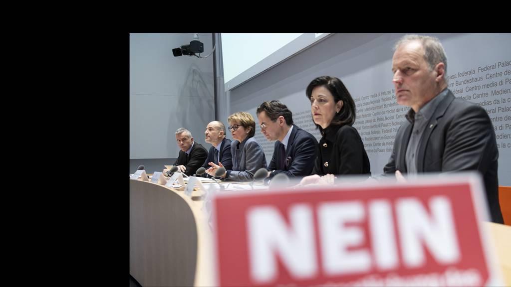 Bürgerliche Parteien blasen zum Kampf gegen Mieterinitiative
