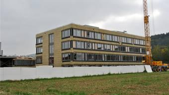 In Kürze beginnen die Arbeiten an der Fassade des Engerfeld-Neubaus, im Januar soll er fertig sein.