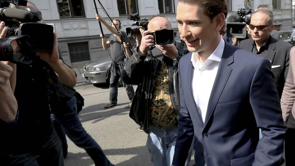 Österreich will Menschen an Mundschutz gewöhnen