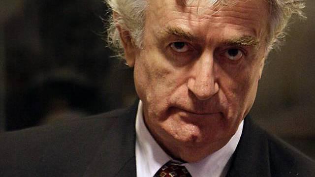 Der ehemalige bosnische Serbenführer Radovan Karadzic (Archiv)