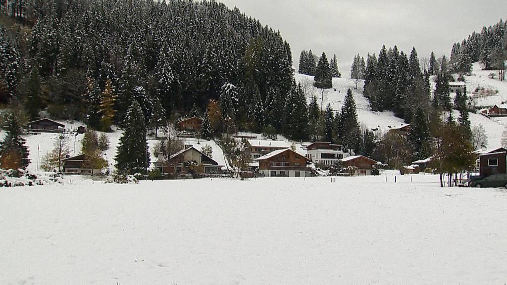 Der erste Schnee im Flachland ist da