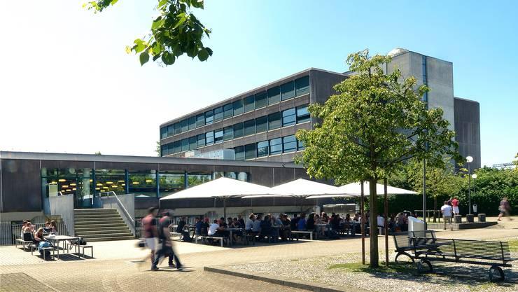 Das Bildungszentrum Zofingen soll saniert werden. Die Aargauer Regierung hat dem Grossen Rat einen Antrag gestellt.