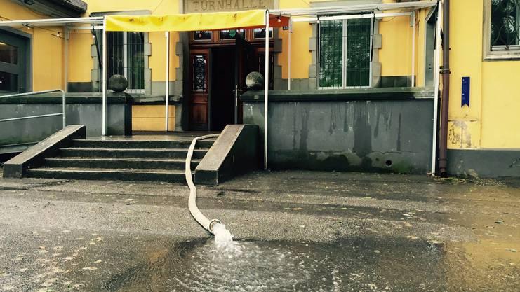 Wasser im Keller: Die Pumpe im Untergeschoss der Schützi versagte am Freitagmorgen den Dienst.