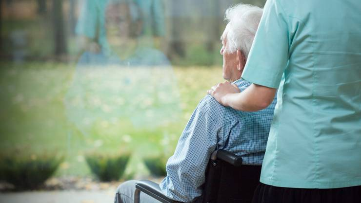 Der Bedarf in Pflegeheimen steigt, die Kosten mit.