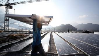 Eine der grössten Solarstrom-Anlagen wurde im Frühling in Stans installiert. Urs Flüeler/ KEYSTONE