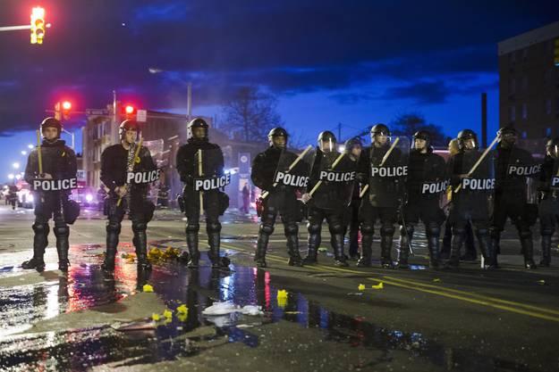 Die Polizei sprach von den schwersten Unruhen in der Metropole seit Jahrzehnten.