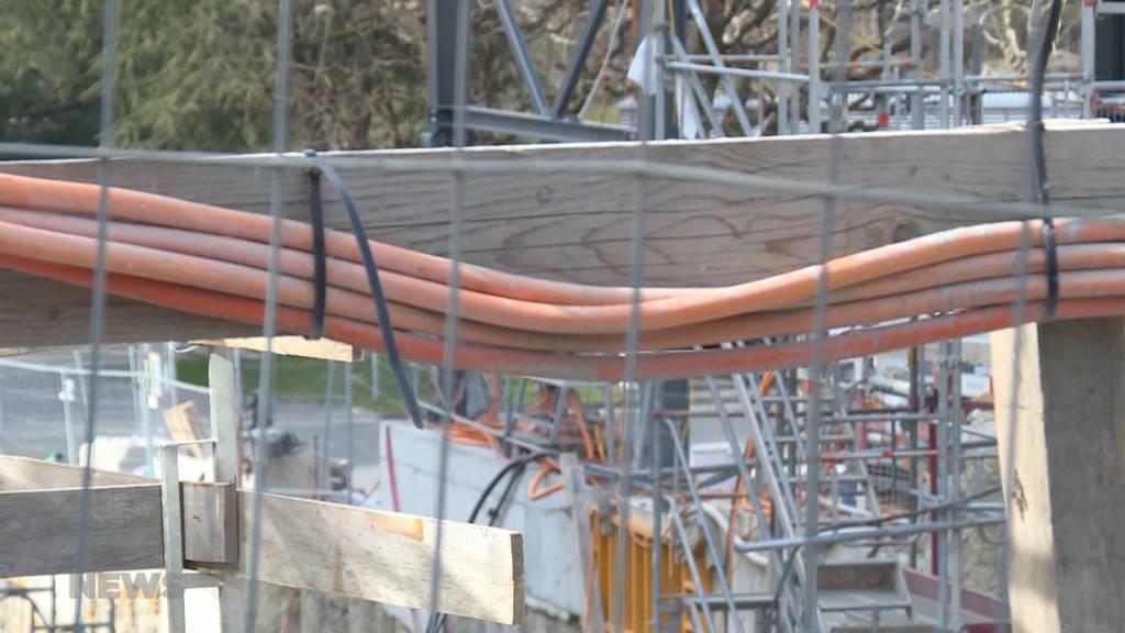 UNIA blockiert Baustelle in Freiburg