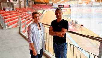 Velodrome-Geschäftsführer Peter Wirz und seine Stellvertreterin Michèle Tanner hoffen auf viele Zuschauer.