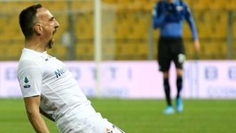 Franck Ribéry, wie man in kennt - nach einem Torjubel. Es klappt auch im Tenü von Fiorentina