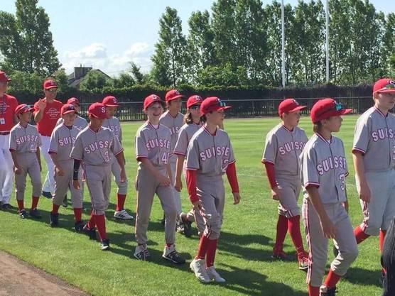 Das Schweizer Team läuft ein zur Eröffnungs Zeremonie