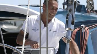 Abenteurer Mike Horn mach sich auch, die Welt zu umrunden. In Monaco besteigt er sein Segelboot - von hier geht es nach Südafrika.