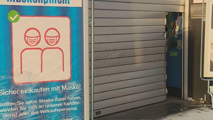 Ein Bankomat löste in Rüschlikon einen Alarm aus.