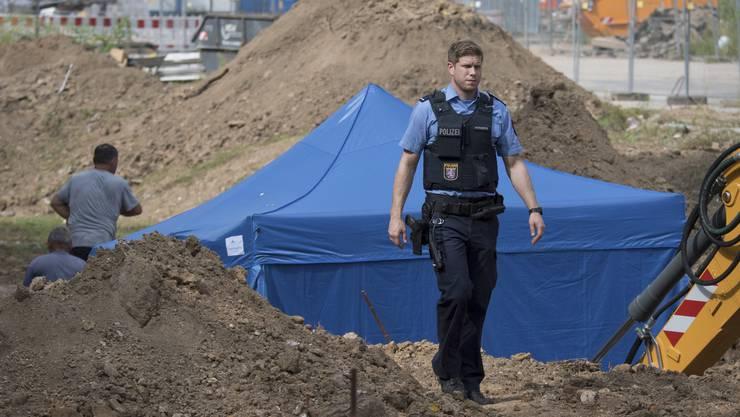 Am Dienstag war auf einer Baustelle nahe der Universität eine 1,8 Tonnen schwere Bombe gefunden worden.