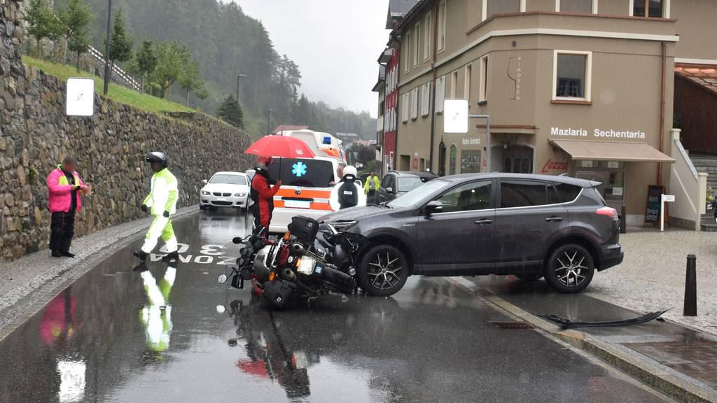 47-Jährige fährt Töfffahrer um
