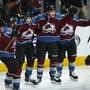 Die Spieler von Colorado feiern den Coup über Calgary