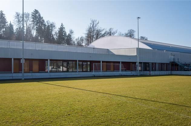 Die Fussballplätze vor dem Keba-Komplex im Aarauer Brügglifeld.