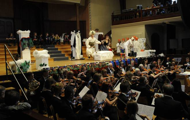 Stadtorchester gibt ein Kinderkonzert mit Papageno und Co