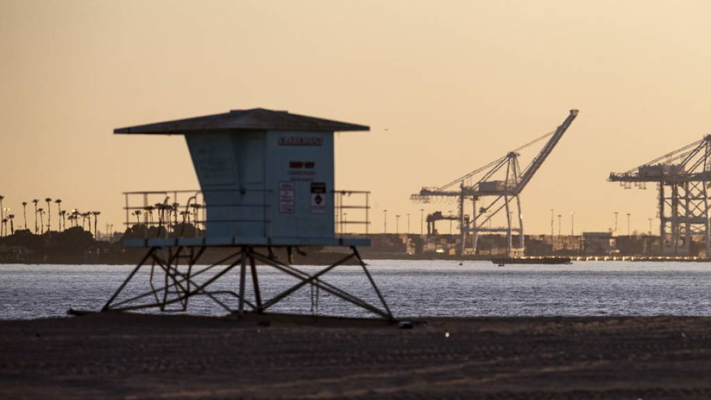 Strände in Los Angeles machen nach Corona-Schliessung wieder auf