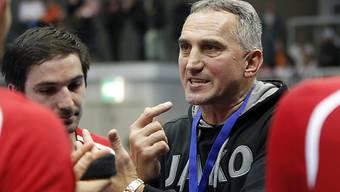 Goran Perkovac gibt Anweisungen.