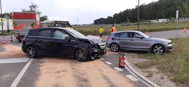 Die Unfallbeteiligten blieben unverletzt.