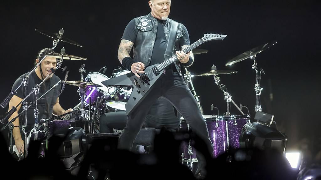 Die Heavy-Metal-Band Metallica will den Opfern der Waldbrände in Kalifornien eine Spende von 100'000 Dollar zukommen lassen. (Archivbild)