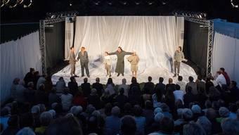 Das Theater «Ein Sommernachtstraum» fand vor vollen Zuschauerrängen statt.