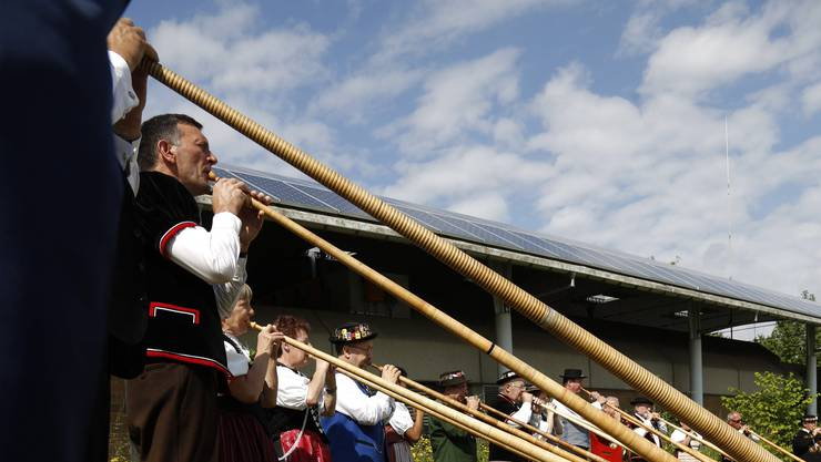 Die schlechte Zahlungsmoral von zwei professionellen Festzelt-Betreibern wirft Schatten auf das Jodlerfest 2013 in Derendingen.