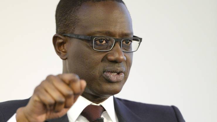 Tidjane Thiam zieht die Zügel an: Der Credit-Suisse-Chef will 2000 zusätzliche Jobs streichen.