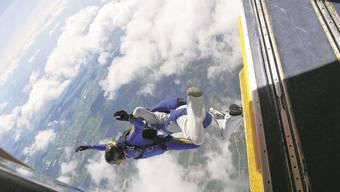 Einer der letzten Sprünge aus dem Pilatus Porter – künftig arbeitet Skydive mit einem neuen Flugzeug