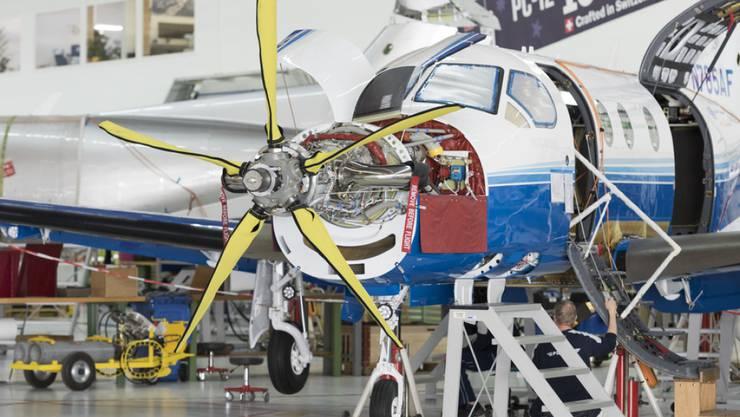 Pilatus hatte 2017 einen Supportvertrag für die PC-21 Flotte der saudischen Luftstreitkräfte abgeschlossen. Der Flugzeughersteller hatte das Aussendepartement (EDA) aber nicht über den umstrittenen Auftrag in Kenntnis gesetzt. (Archivbild)