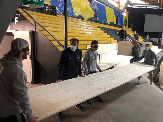 Corona-Umbau im Heimstadion des SC Langenthal