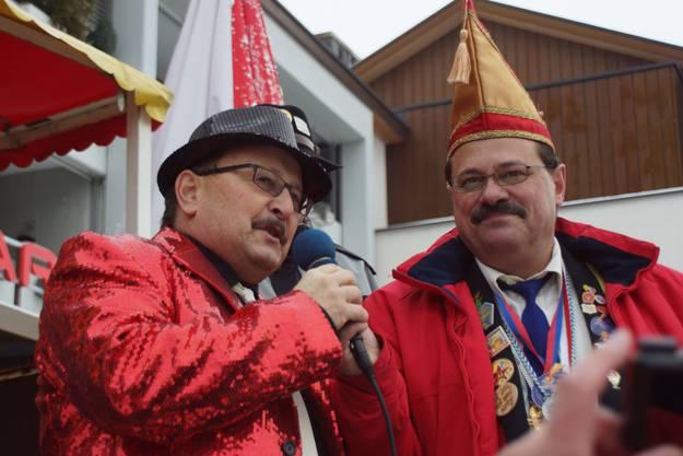 Der neue Schirmherr Markus Moosmann (links)