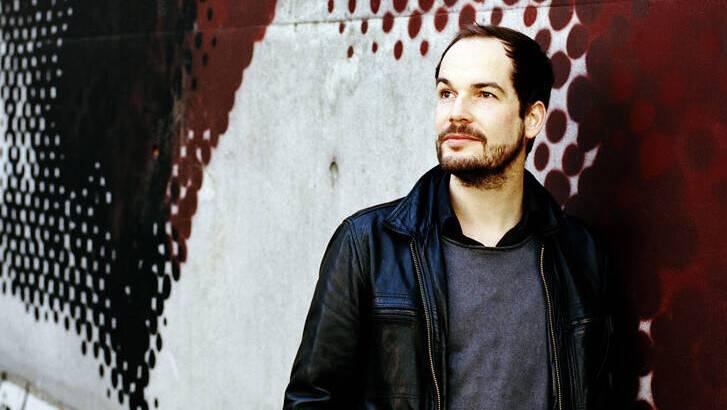 Max Czollek, deutscher Lyriker, Publizist und Coach.