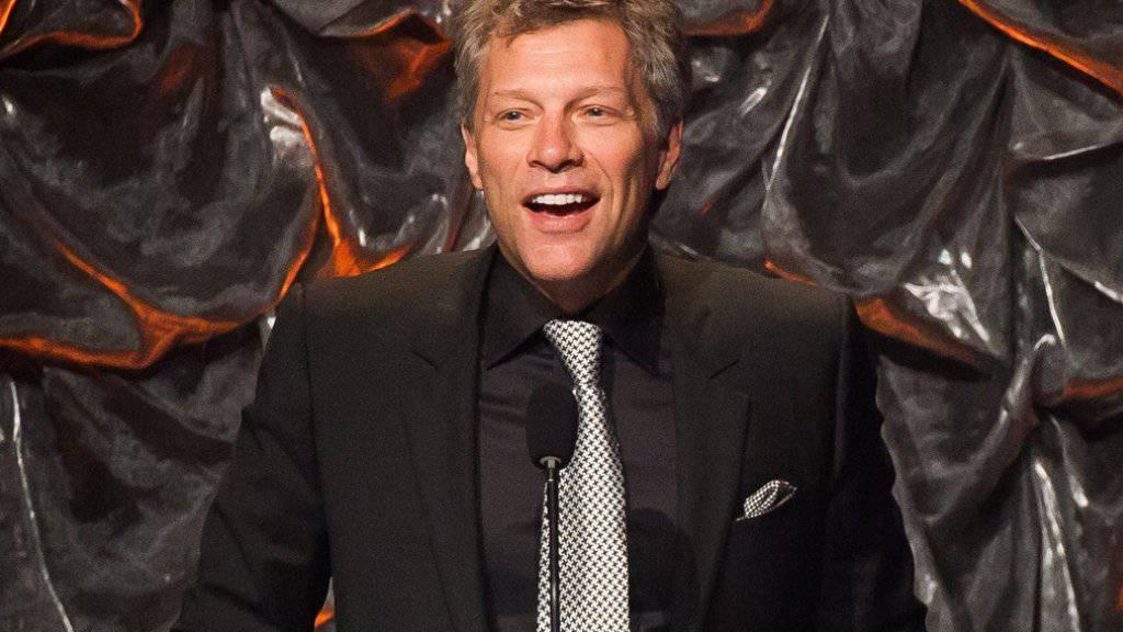 """Jon Bon Jovi hat sich unter anderen mit Paul McCartney, Sheryl Crow und Fergie zusammengetan für den Klimaschutz-Song """"Love Song to the Earth (Archiv)"""