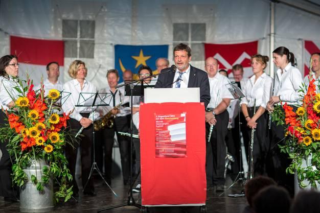 Landamman Roland Heim bei seiner 1. Augustrede