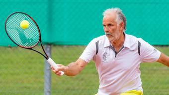 Martin Gloor (TC Teufenthal) startet in der Altersklasse 60+ als Nummer 2 der Setzliste.