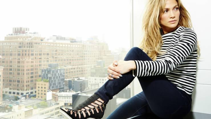 Zum Schutz der Anderen: US-Schauspielerin und Sängerin Jennifer Lopez bleibt während der Corona-Krise zu Hause.