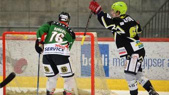 Beide Solothurner Zweitligisten starteten mit einem Sieg in die Playoffs.