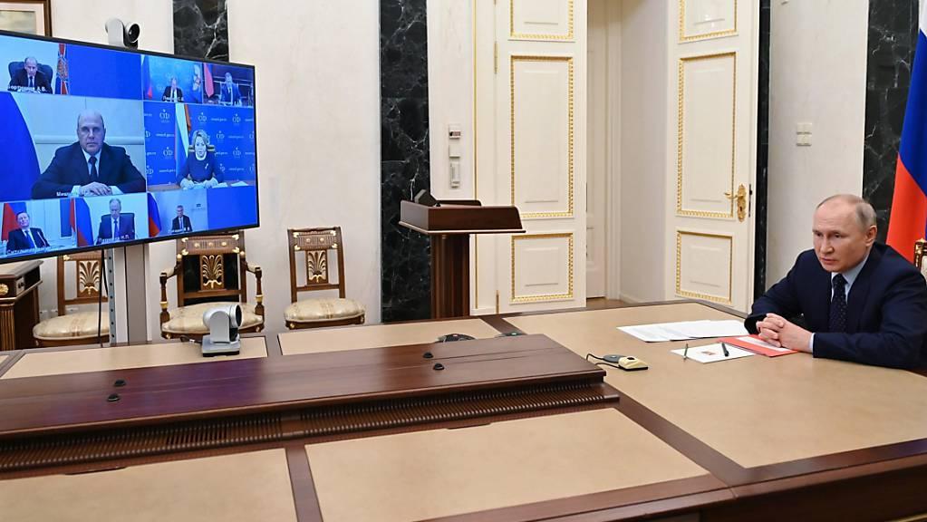 Wladimir Putin, Präsident von Russland, bei einer virtuellen Konferenz.