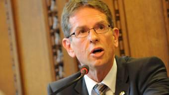 Basler CVP-Nationalrat Markus Lehmann macht sich in Bundesbern für Fusionen in der Region Basel stark.